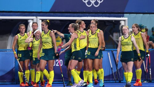 What time do the Hockeyroos play New Zealand tonight at the Olympics?