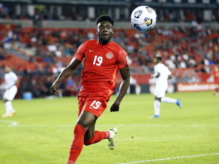 Davies shines as Canada crushes Panama in World Cup qualifying