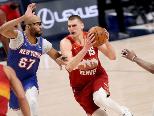 Nuggets capitalize on Jokic's red-hot start to cool off Knicks