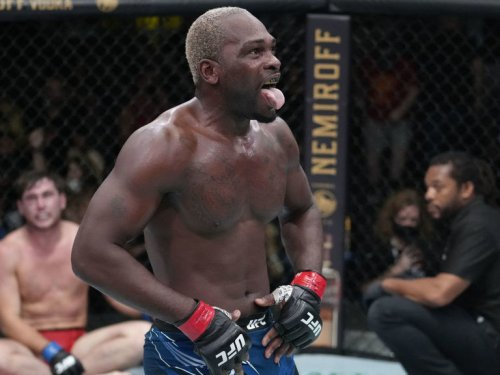 Brunson submits Till in one-sided UFC main event