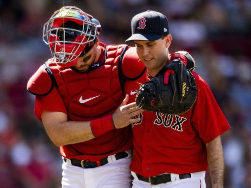 Red Sox allow franchise-record 8 HRs in blowout loss to Blue Jays