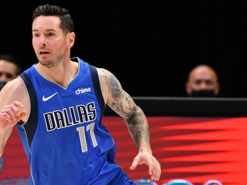 Mavs' Redick out for at least rest of regular season