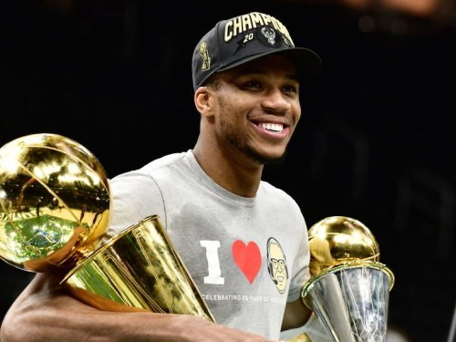 Giannis: 'I don't care about being the face of the NBA'