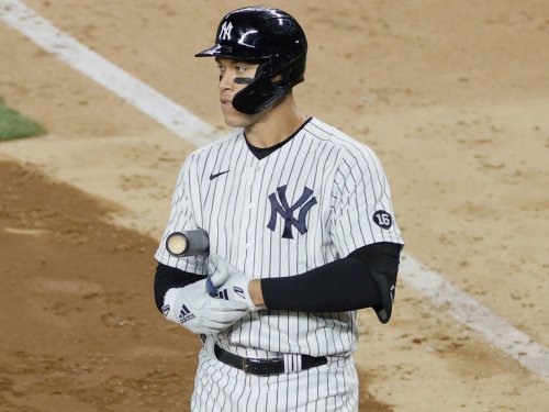 Yankees' Boone struggles to answer question about Judge's status