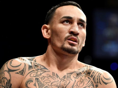 Report: Holloway out of Rodriguez fight due to injury