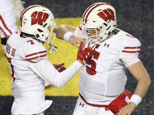 Big 10 title odds: Bet Wisconsin, fade Michigan