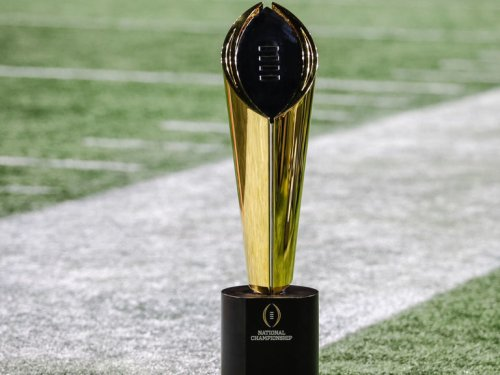 College Football Playoff to review 12-team format