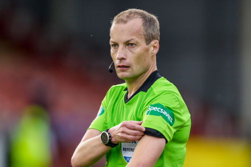 Motherwell vs Celtic grinds to a halt as referee Willie Collum goes off injured