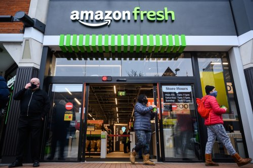 Amazon will pay $10 for palm scan as cyber-experts warn of 'privacy nightmare'