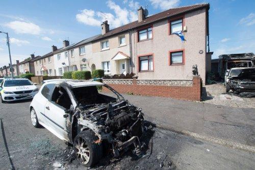 Glasgow 'gangland' blaze nuts who firebombed three vehicles 'got wrong house'