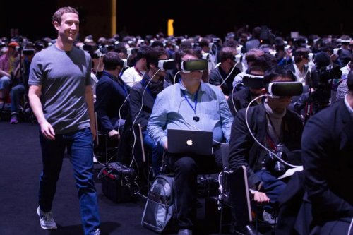 Mark Zuckerberg wants us all to live INSIDE Facebook using his new headsets