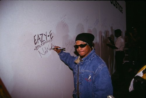 Eazy E's Daughter Claims Ice Cube Has Been Avoiding Participation In Eazy-E Documentary