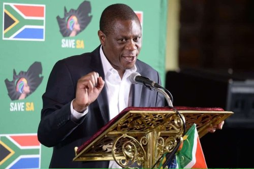 God's work? Niehaus tweets video of Mashatile 'handing out cash' in church