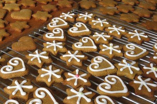 Easy Gingerbread Cookies - Best dippable teatime bites