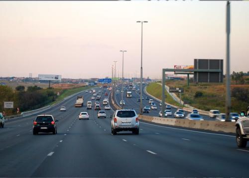Gauteng police bust BMW driver speeding at 216km/h