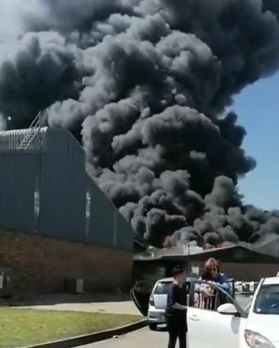 VIDEO: Chemical factory in Benoni on fire