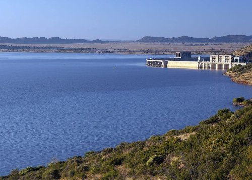 SA's latest dam levels: Three provinces at 100% - with one in 'dire straits'