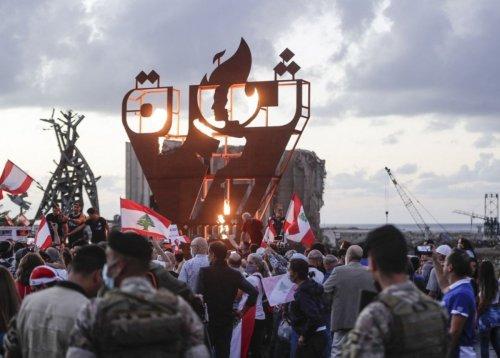 Lebanon elite united against probe seen as survival threat