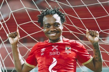 Percy Tau is OFFICIALLY back in action! First image of his return emerges! - PICTURE