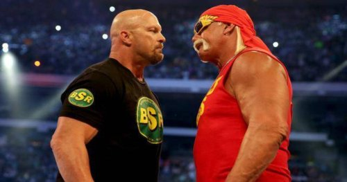 Hulk Hogan Wanted To Put Steve Austin Over After Returning To WWE