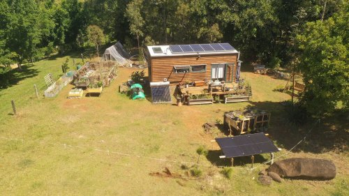 Get the Details of This Off-Grid Tiny Home, Where Owners Spend Zero on Utilities