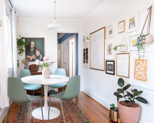 Create a Wow-Worthy Gallery Wall Using These 8 Tips
