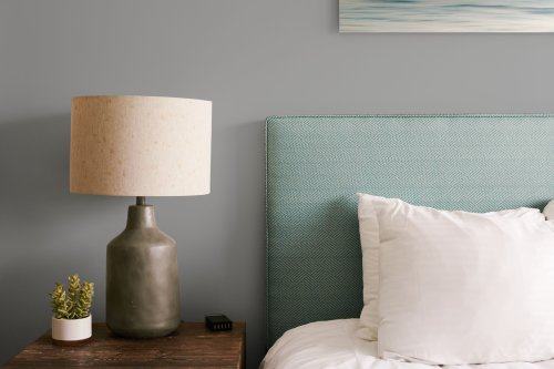 9 Shades of Gray for Your Bedroom Walls