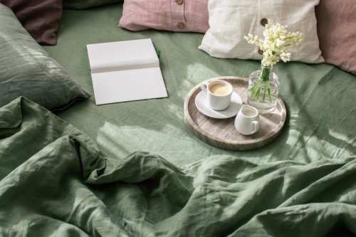 You're Shopping for Sheets All Wrong—Experts Reveal the Truth About Thread-Count