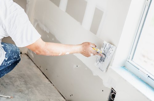 Joint Compound vs. Spackle: When to Use Each