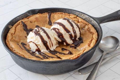 15 Tasty Skillet Desserts