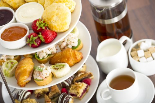 The Real Difference Between British Afternoon Tea and High Tea