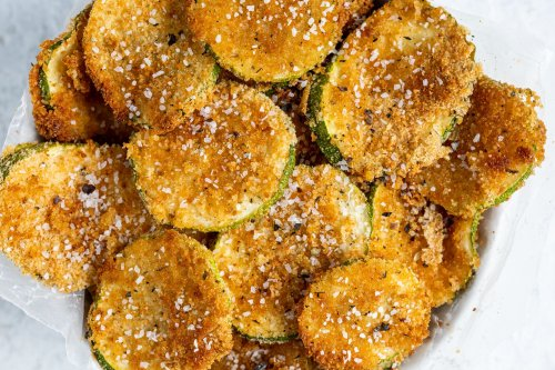 Try These Vegan Oven-Baked Zucchini Chips for a Healthy Snack