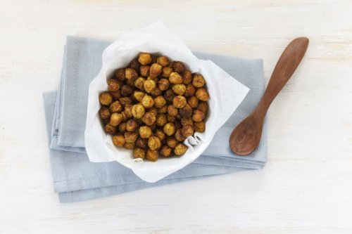 For a Delicious Snack Try Roasted Chickpeas With Garlic and Paprika