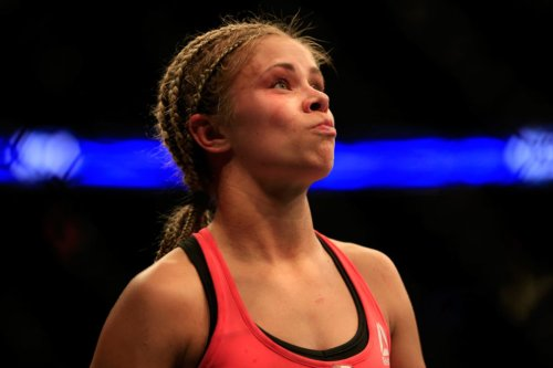 Look: Paige VanZant Shows Off Nasty Hand Injuries