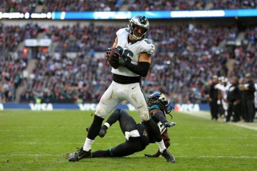 NFL Insider Names Potential Suitor For Eagles TE Zach Ertz