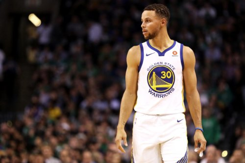 NBA World Reacts To Stephen Curry's Ridiculous And-1