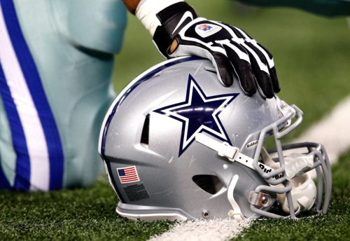 Cowboys Reportedly Bringing In Rookie QB For Tryout