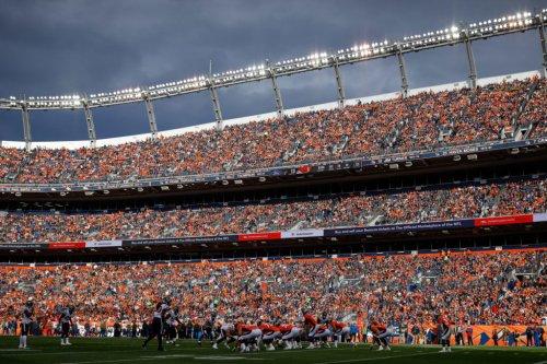 NFL World Reacts To Sunday's Major Trade Rumors