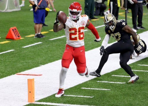 Le'Veon Bell Has Blunt Response To Andy Reid's Message