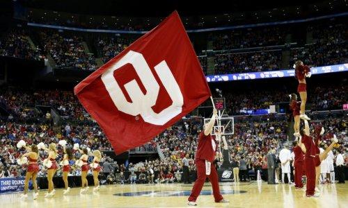 Report: Oklahoma Basketball Standout Enters Transfer Portal