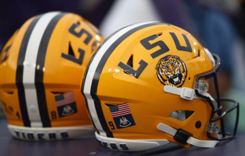5-Star DB Announces Decommitment From LSU
