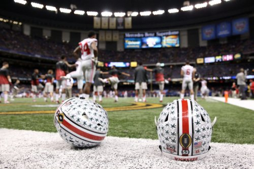 College Football Analyst Picks The Country's Best Helmet
