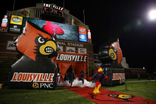 Look: Louisville Football Makes Embarrassing Recruiting Mistake