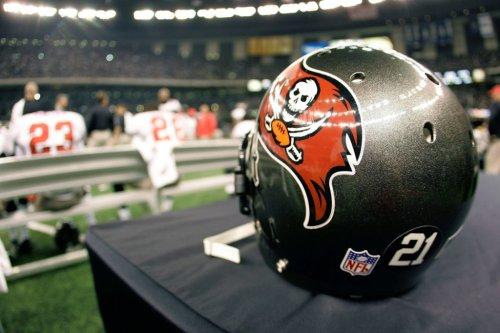 Veteran NFL Running Back Signing With Buccaneers
