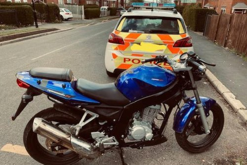'Embarrassing': Men fall off their motorbikes during police chase on Sheffield estate