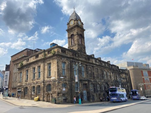 The Old Town Hall will now be sold at auction and this is the new asking price