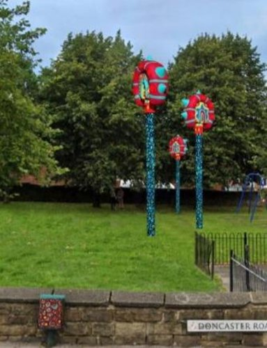 Sculptures approved at Barnsley park