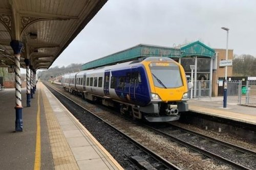 Investigation after claims new train broke down between Chesterfield and Sheffield because of 'high pollen count'