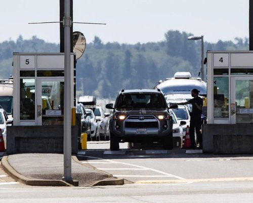 Denied cross-border shoppers, some U.S. companies opt to export to Canada instead