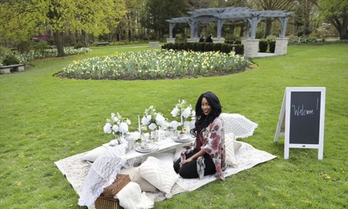 The pandemic threatened this Brampton entrepreneur's catering business. She bounced back with a luxury picnic company